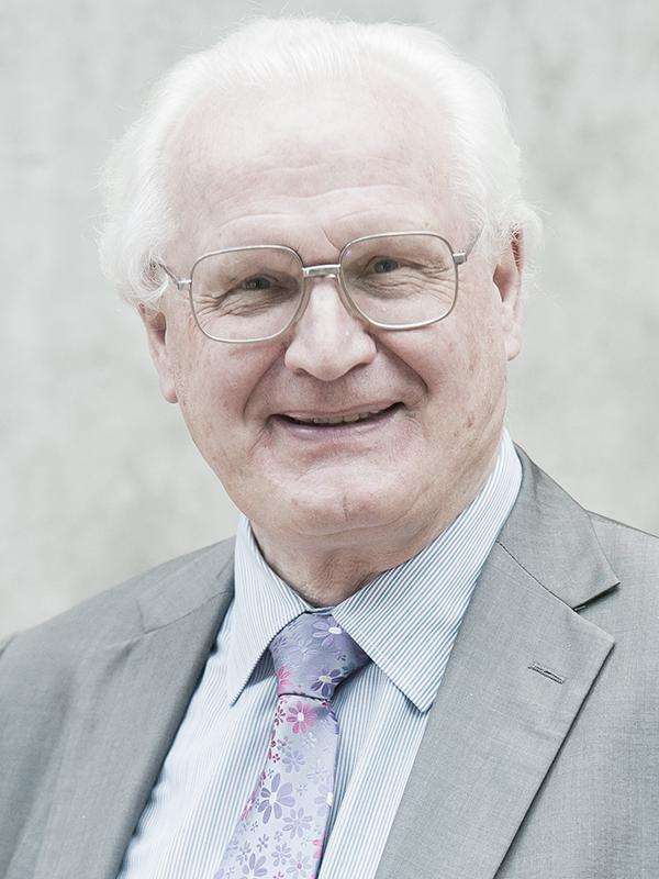 Author Dr Peter Harrop, Chairman